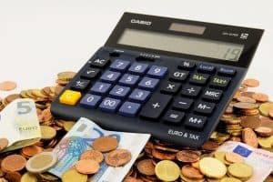 כסף וכלי חישוב